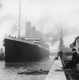 Titanic in dock